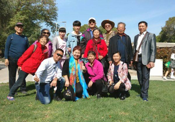 ביקור קבוצת סינים בנהרא אשדות יעקב