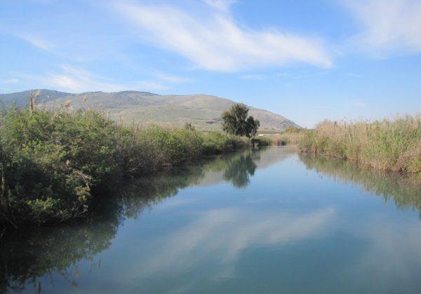 נחל הקיבוצים – בריכת מים גדולה וטבעית